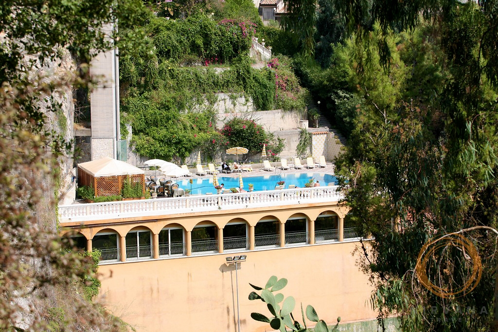 villa riis hotel